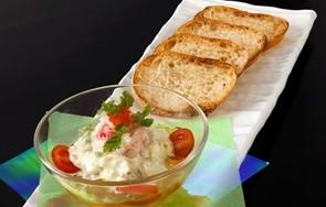 蟹缶を使ったお洒落な料理 蟹とアボカドのタルタルの作り方